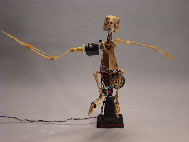 small talking robot sculptur kinetic artist christiaan zwanikken